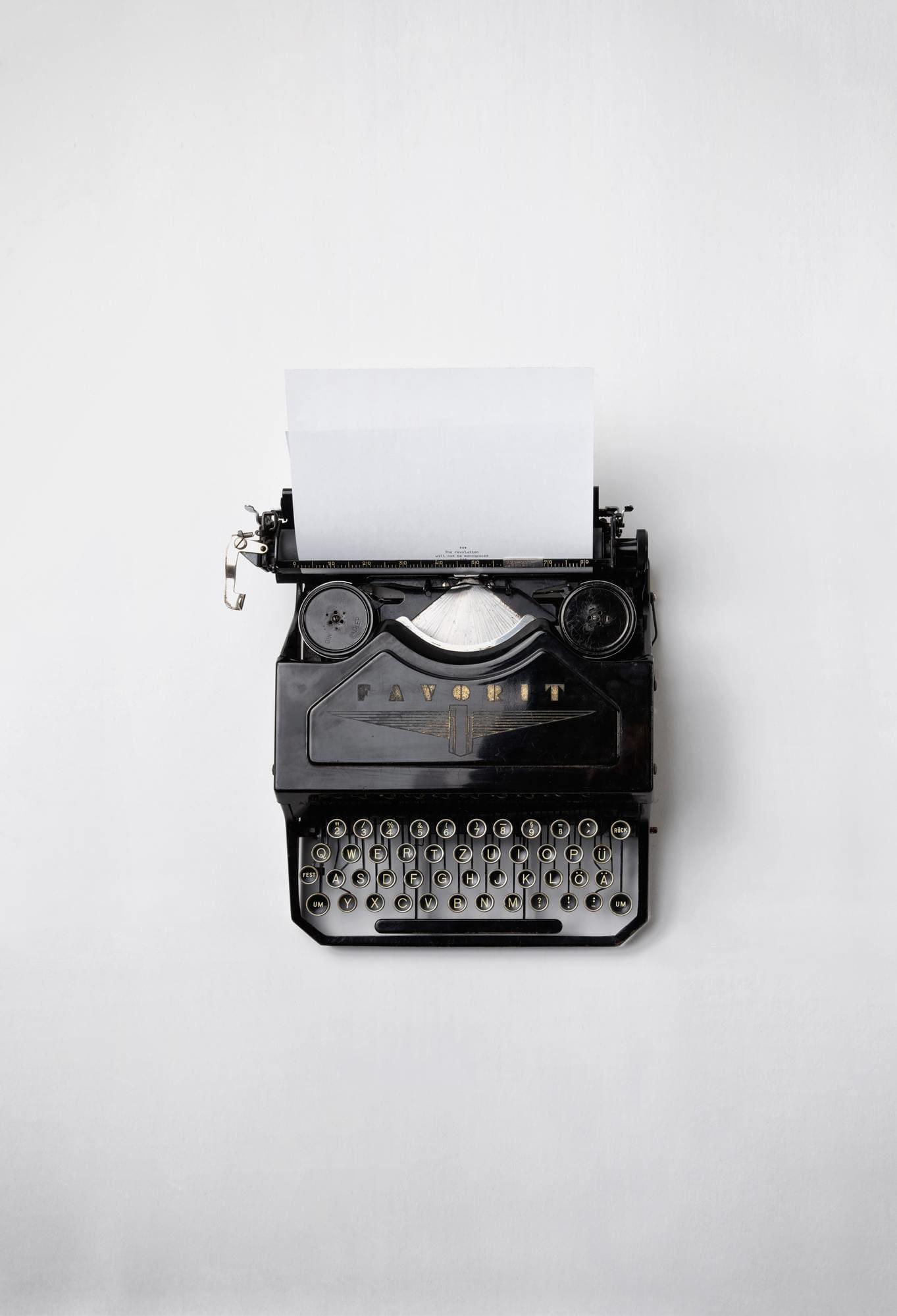 Freie Texterin Texte schreiben mit Schreibmaschine